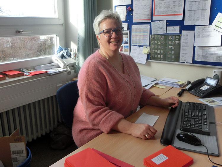 Sekretariat im Schulhaus Seefeld, Verwaltungsangestellte Petra Fraunhofer